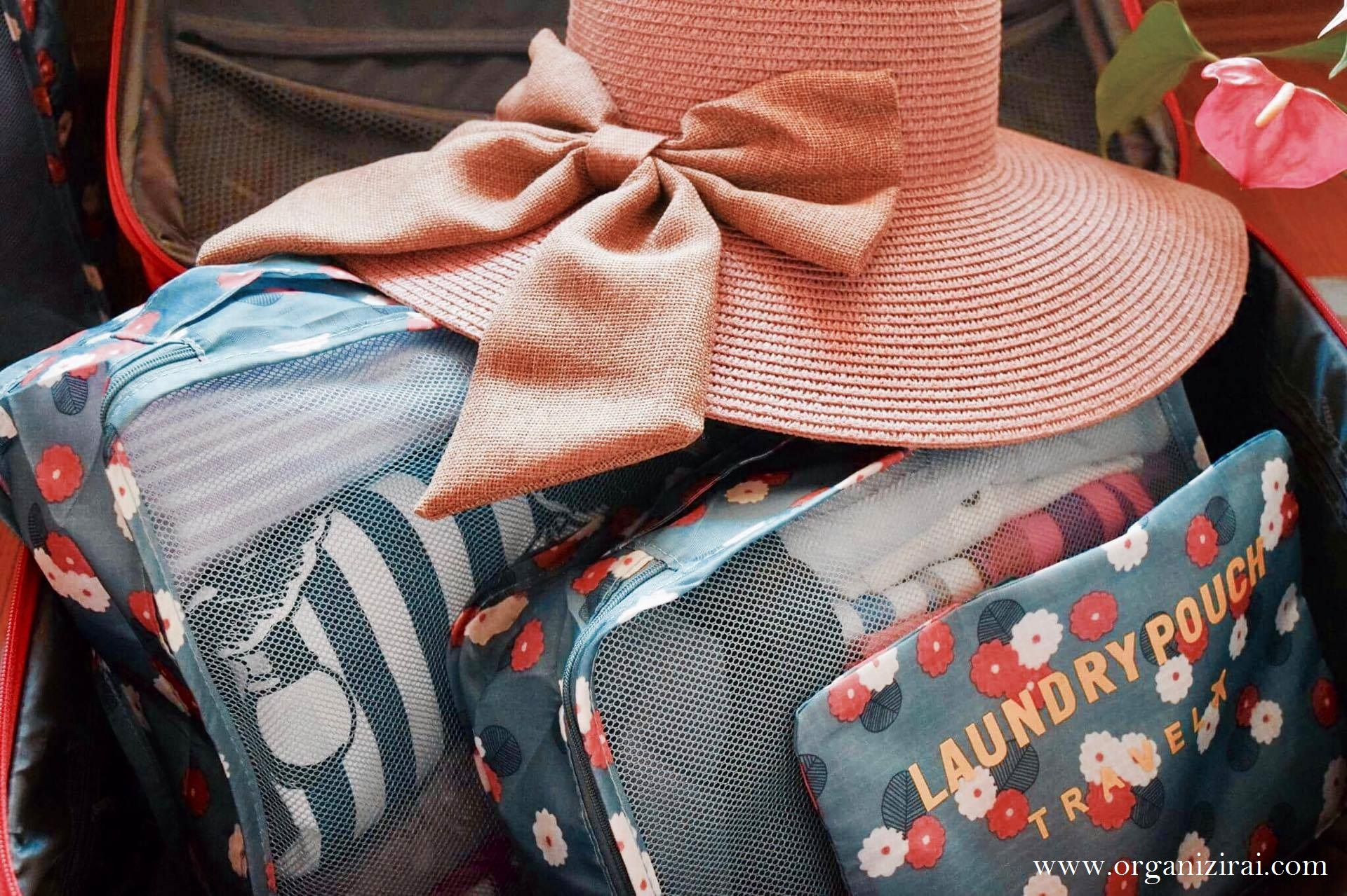 How-to-pack-a-carry-on-luggage-suitcase-packing-tip-organizirai.com-blog-best-bulgarian-bloggers-pink-hat