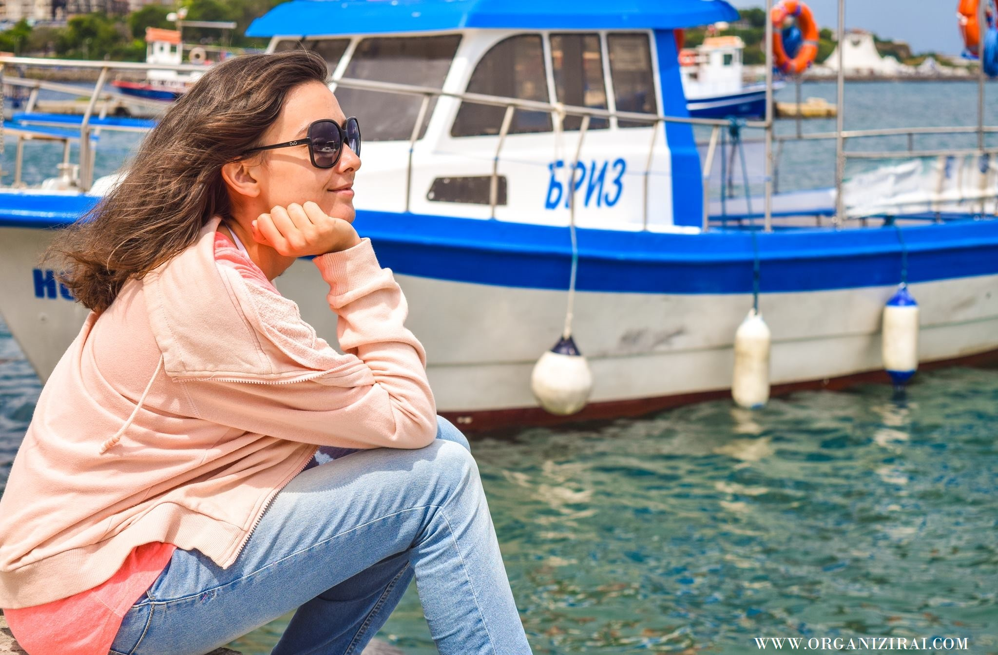 BOAT_SEA-VIBES-VIBRATION-SUMMER-PINK-HOODIE-INSPIRATION-BEST-LIFESTYLE-BLOGS-BULGARIAN-BLOGGERS-ORGANIZIRAI.COM16